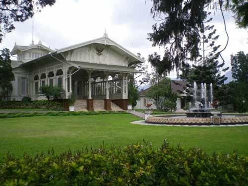 istana-cipanas2 Cerita Misteri Penghuni Istana Bogor Cerita Misteri Cerita Rakyat Cerpen
